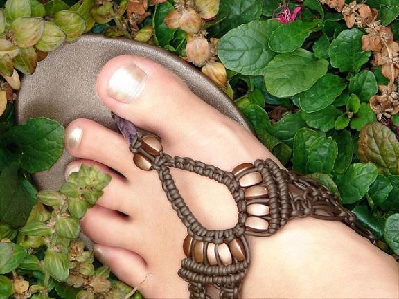 consejos-para-el-cuidado-de-los-pies-en-verano